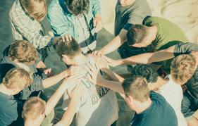 thumb-ministryteams